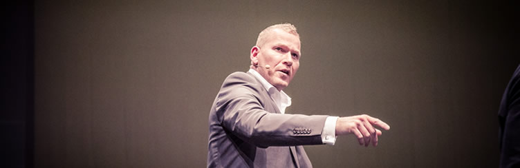 Keynote-Speaker and sales trainer Martin-Limbeck
